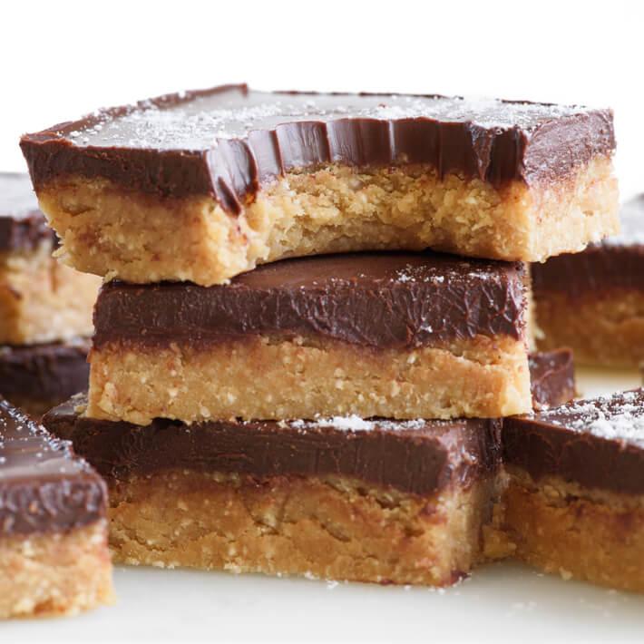 Keto No-Bake Chocolate Peanut Butter Bars