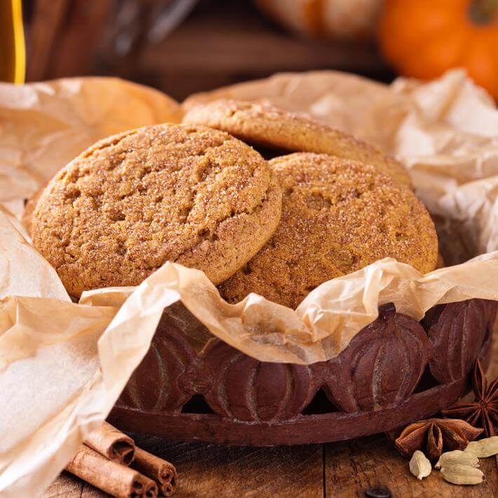 Keto Pumpkin Snickerdoodle Cookies